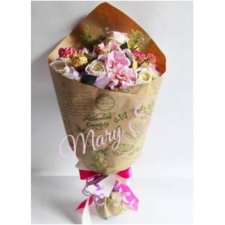 Б 17 Букет из конфет из нежных роз
