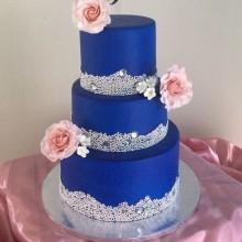 Торт свадебный синий с цветами