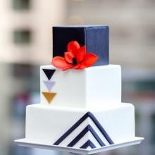 Торт свадебный стильный