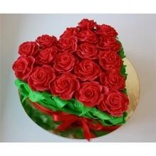РМ 69 Торт сердце из красных роз