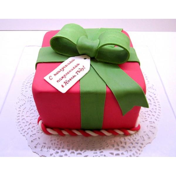 Тортик в форме подарка девочке