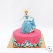 ДТ 018 Торт с Золушкой