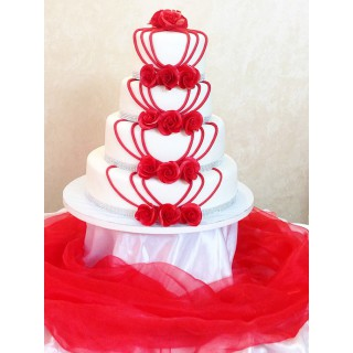 СВ 97 Торт свадебный красные цветы на белом торте