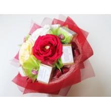 Ч1 Букет из 4х разных чаев с красной розой