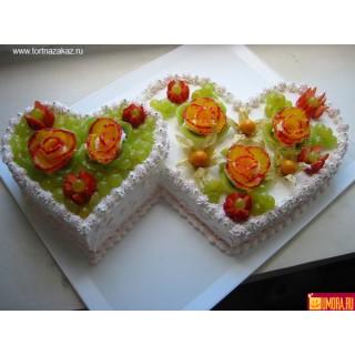 ФРТ 9 Торт 2 сердца с фруктами