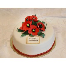ПР 046 Торт белый с красными цветочками