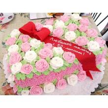 ПР 056 Торт в форме сердца с цветами