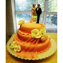 СВ 010 Торт свадебный с фигурками (аппетитный)