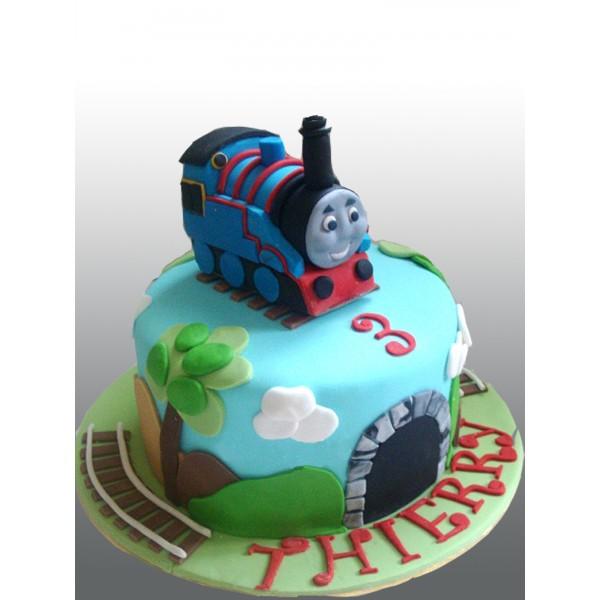 Томас торт из мастики